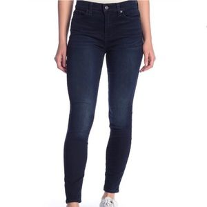 7 For All Mankind Guinevere Skinny Jean Size 25